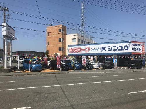 車の販売スタッフ